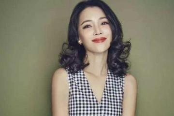 她是陈坤的班长胡歌也给她做配却为公益当红时期淡出娱乐圈